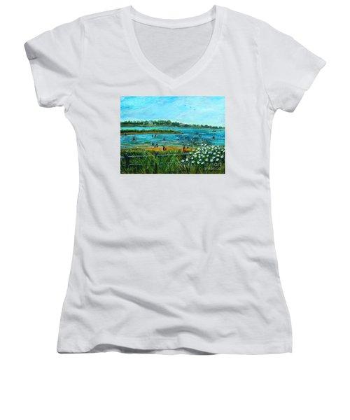 Clam Diggers At Menauhant Beach Women's V-Neck T-Shirt (Junior Cut) by Rita Brown
