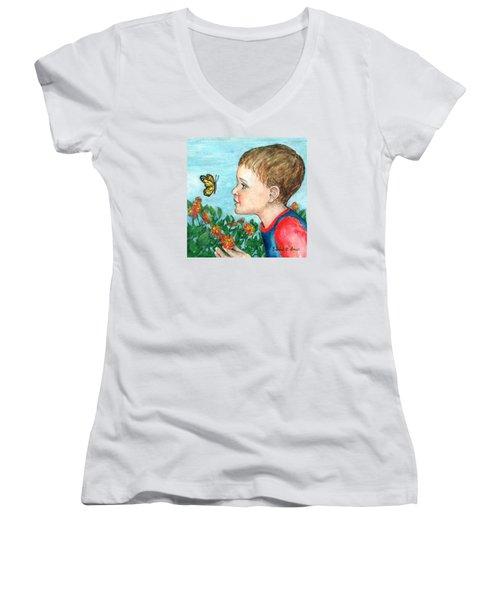 Close Encounter Women's V-Neck T-Shirt