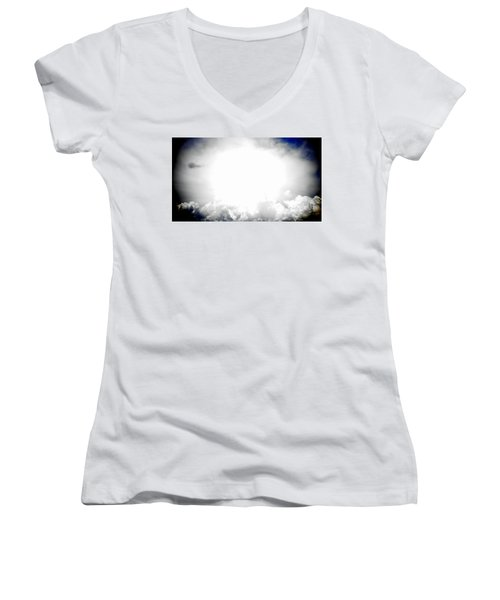 Cloudburst Sky Celestial Cloud Art Xl Resolution Women's V-Neck T-Shirt