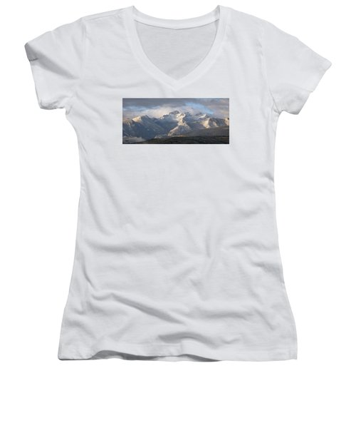 Como Peaks Montana Women's V-Neck T-Shirt (Junior Cut) by Joseph J Stevens