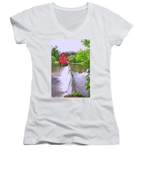 Dam At Starrs Mill Women's V-Neck T-Shirt