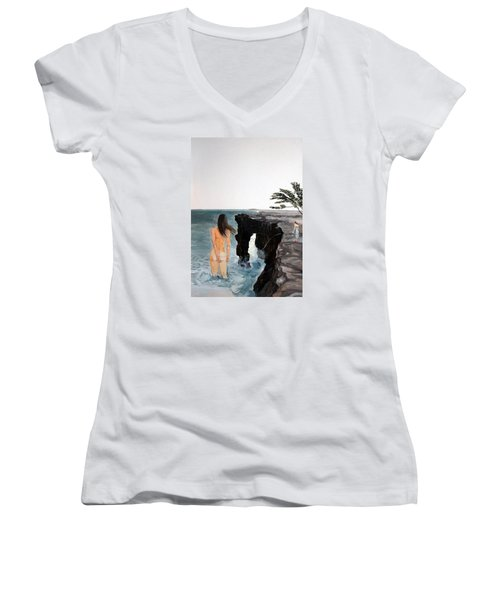 Destinos Women's V-Neck T-Shirt