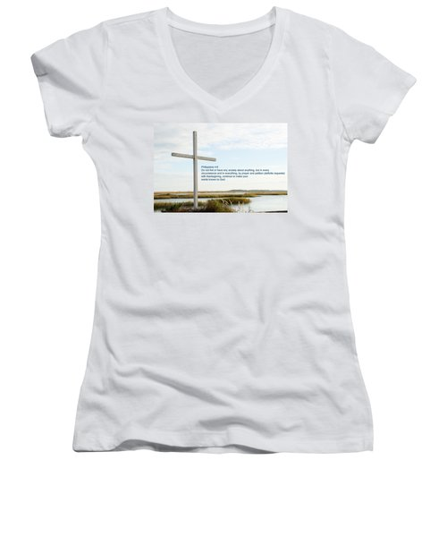 Belin Church Cross At Murrells Inlet With Bible Verse Women's V-Neck T-Shirt (Junior Cut) by Vizual Studio