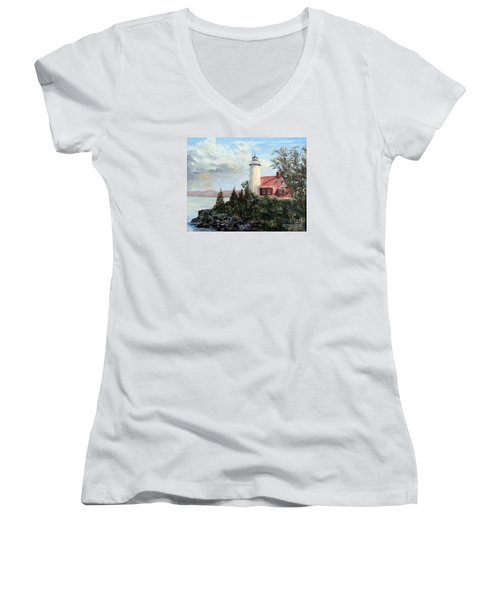 Eagle Harbor Light Women's V-Neck T-Shirt