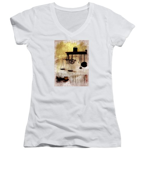 Early Kitchen Tools Women's V-Neck