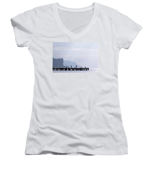 Fisherman At The Pier Women's V-Neck T-Shirt (Junior Cut)