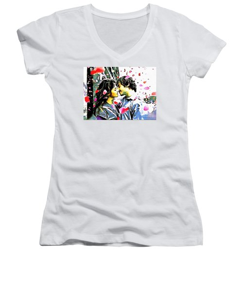 Fluff--n-stuff Women's V-Neck