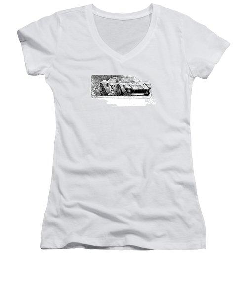 Ford Gt - 40 Women's V-Neck