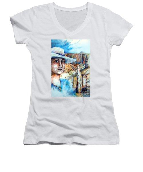 God Women's V-Neck T-Shirt