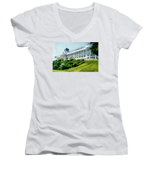 Grand Hotel Mackinac Island Ll Women's V-Neck
