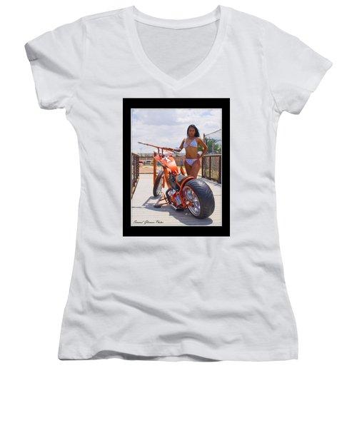 H-d_d1 Women's V-Neck T-Shirt