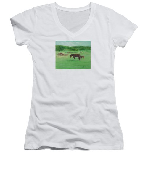 Horses Rural Pasture Western Landscape Original Oil Colorful Art Oregon Artist K. Joann Russell Women's V-Neck T-Shirt