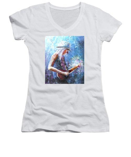 Johnny Winter Women's V-Neck T-Shirt