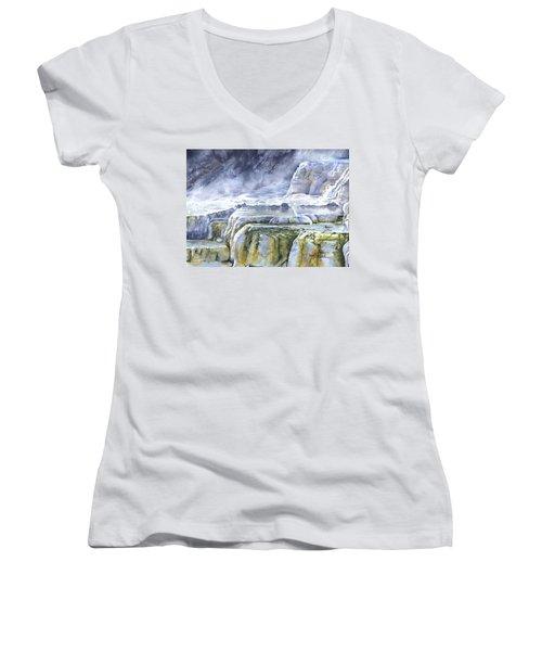 Killdeer Palisades - Mammoth Hot Springs Women's V-Neck