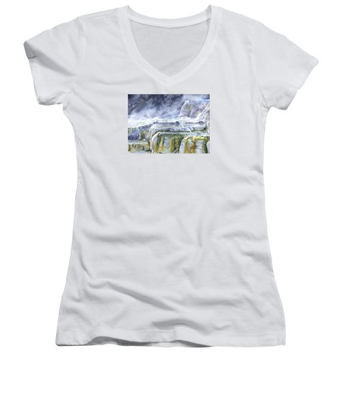 Killdeer Palisades - Mammoth Hot Springs Women's V-Neck