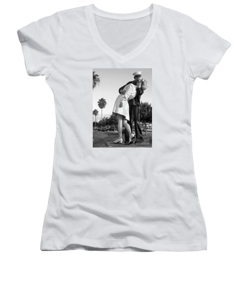 Kissing Sailor And Nurse Women's V-Neck T-Shirt (Junior Cut) by Christiane Schulze Art And Photography