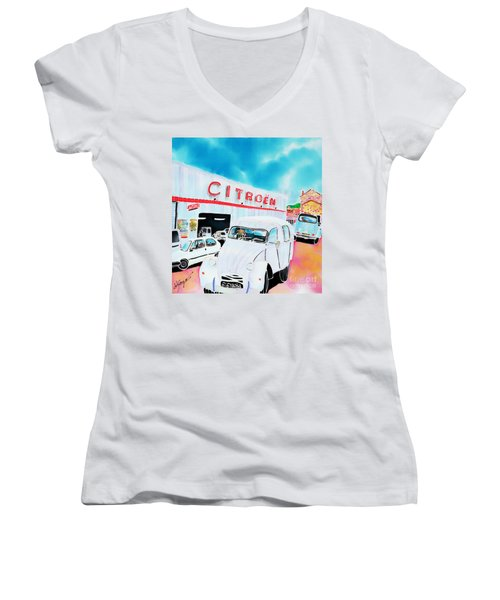 Le Garage Women's V-Neck
