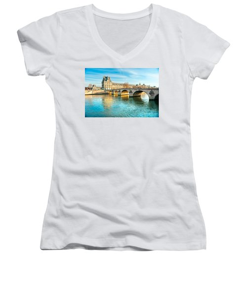 Louvre Museum And Pont Royal - Paris  Women's V-Neck T-Shirt