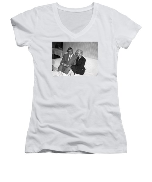 Marilyn Monroe And Joe Dimaggio Women's V-Neck (Athletic Fit)