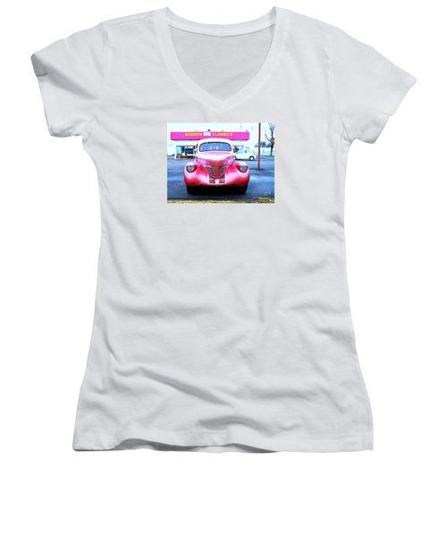 Modern Classics Women's V-Neck (Athletic Fit)