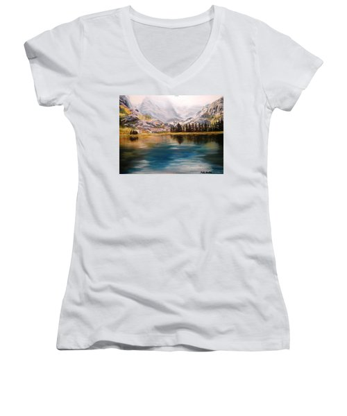Montana Reflections Women's V-Neck T-Shirt