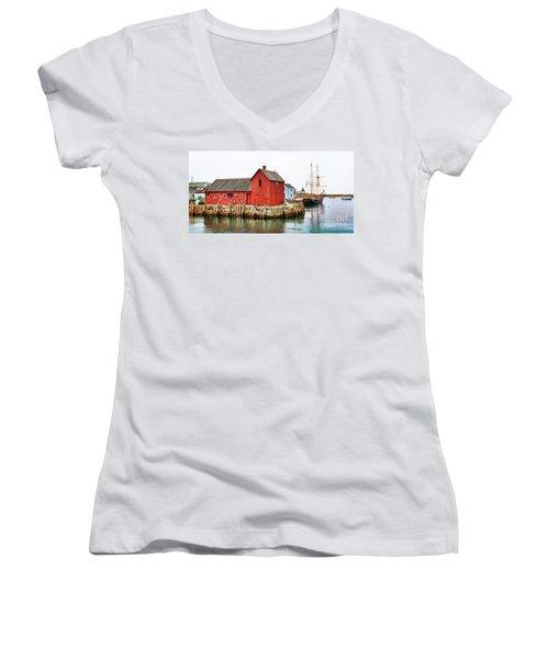 Motif Number 1 Rockport Ma Women's V-Neck T-Shirt