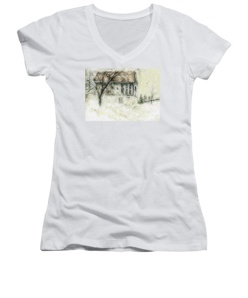 Caledon Barn Women's V-Neck
