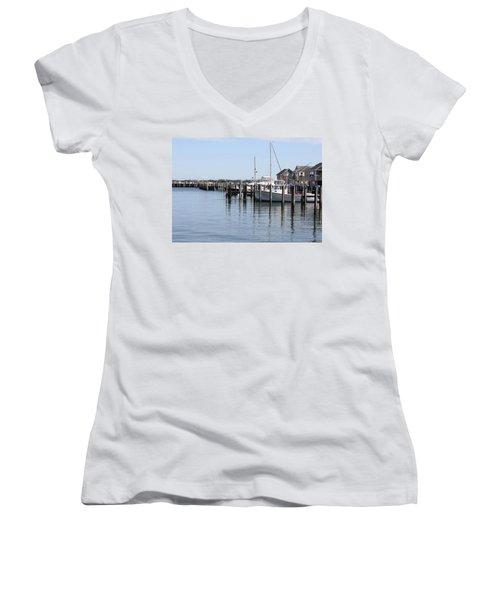 Nantucket Harbor Women's V-Neck