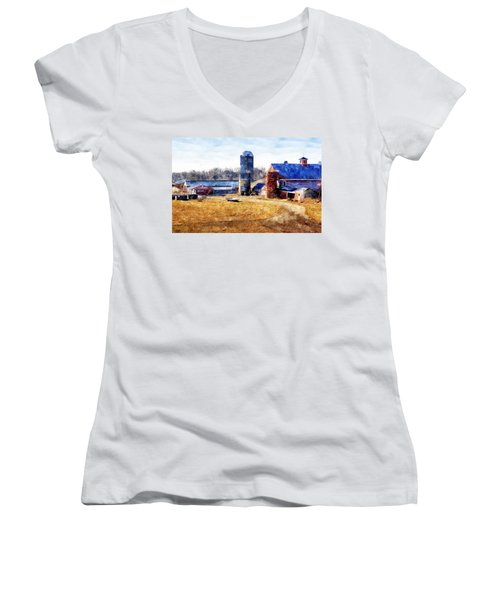 New England Farm 2 Women's V-Neck