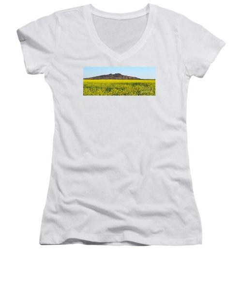 Oklahoma Gold Women's V-Neck T-Shirt