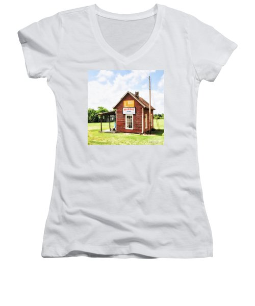Old Country Cotton Gin Store -  South Carolina - I Women's V-Neck T-Shirt (Junior Cut) by David Perry Lawrence