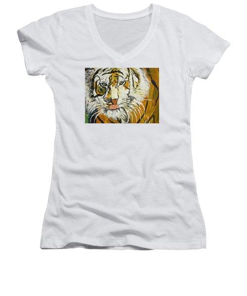 On The Prowl Zoom Women's V-Neck T-Shirt