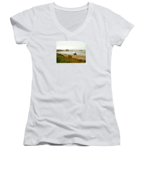 Oregon Beach Women's V-Neck (Athletic Fit)