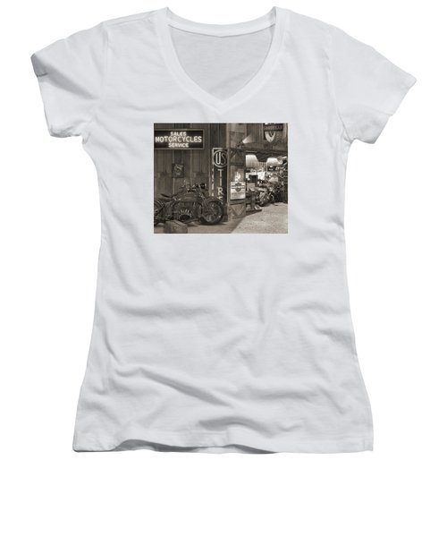 Outside The Old Motorcycle Shop - Spia Women's V-Neck T-Shirt