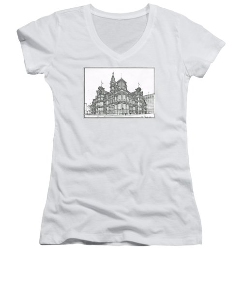 Philadelphia City Hall 1911 Women's V-Neck (Athletic Fit)