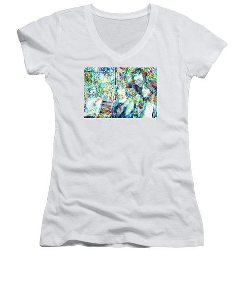 Pink Floyd At The Park Watercolor Portrait Women's V-Neck T-Shirt (Junior Cut) by Fabrizio Cassetta