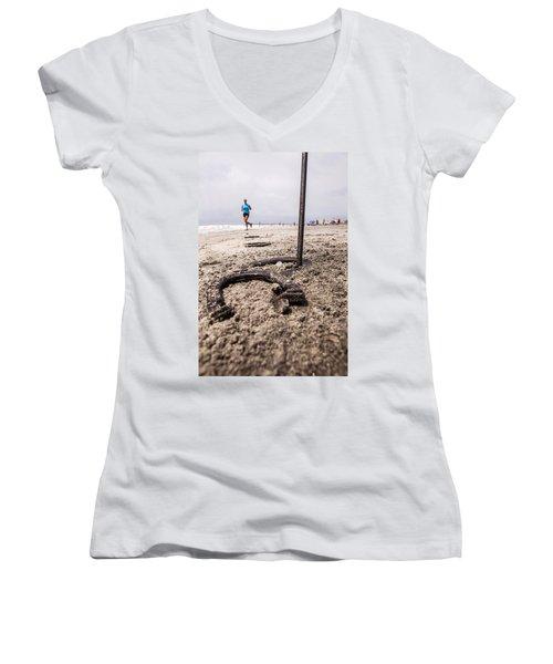 Women's V-Neck T-Shirt (Junior Cut) featuring the photograph Ringer by Sennie Pierson