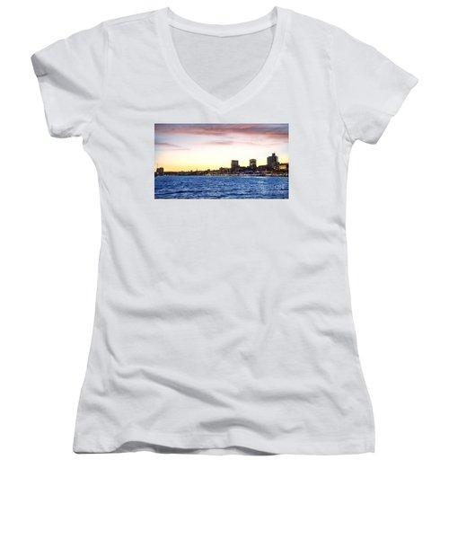Skyline Hamburg Women's V-Neck T-Shirt (Junior Cut) by Daniel Heine