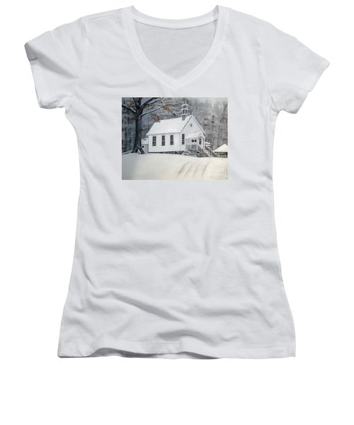 Snowy Gates Chapel  -little White Church - Ellijay Women's V-Neck