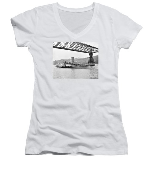 Steamer Albany Under Poughkeepsie Trestle Black And White Women's V-Neck T-Shirt