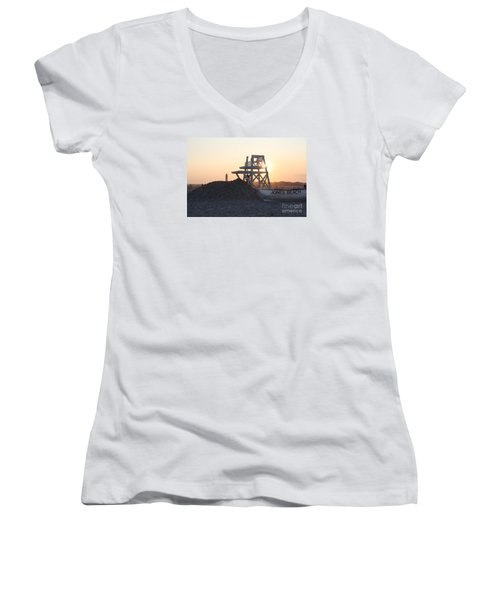 Women's V-Neck T-Shirt (Junior Cut) featuring the photograph Sunset At Jones Beach by John Telfer