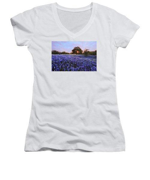 Sunset In Bluebonnet Field Women's V-Neck T-Shirt (Junior Cut) by Susan Rovira