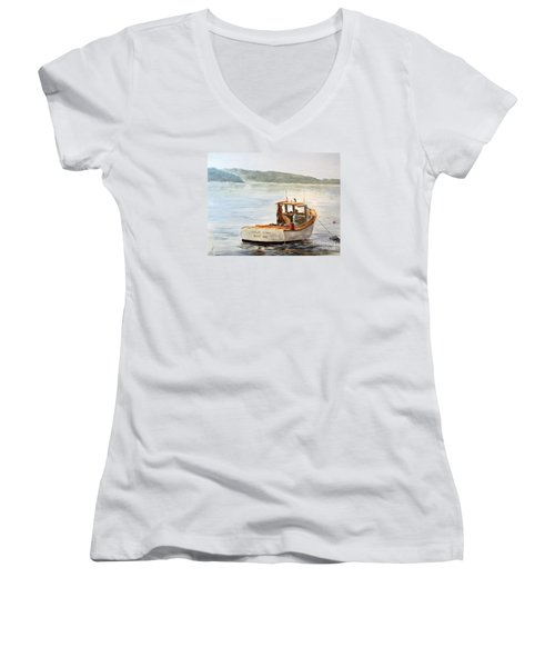 The Lyllis Esther Women's V-Neck T-Shirt (Junior Cut) by Lee Piper