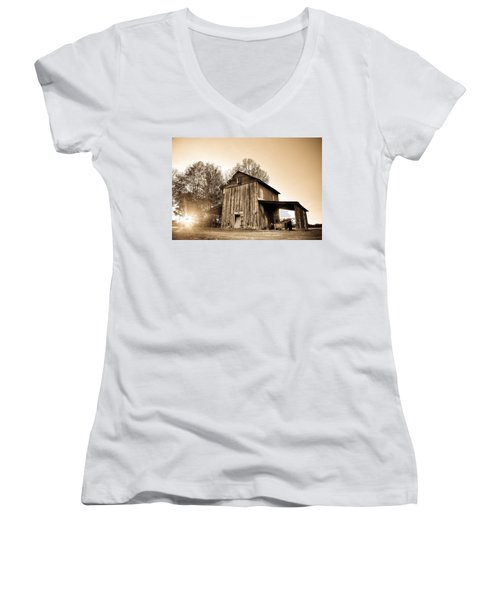 Tobacco Barn In Sunset Women's V-Neck T-Shirt