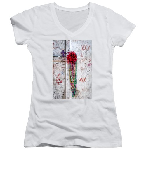 Tomb Of Marie Laveau New Orleans Women's V-Neck T-Shirt (Junior Cut) by Kathleen K Parker