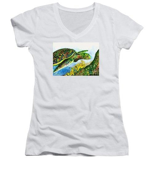 Turtle Love Women's V-Neck T-Shirt