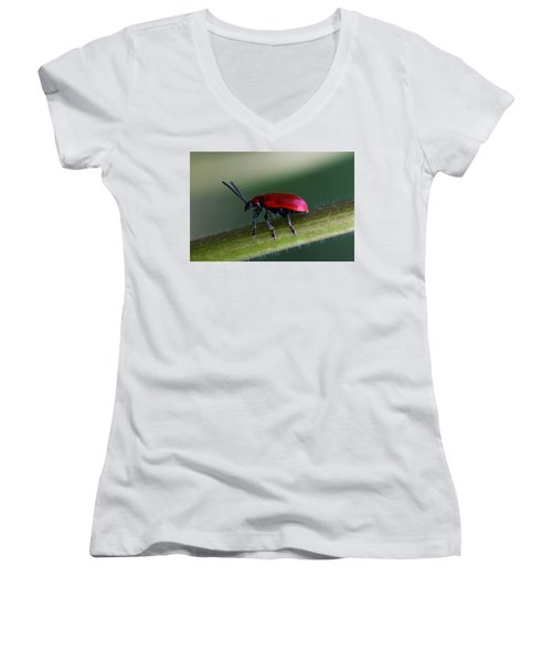 Women's V-Neck T-Shirt (Junior Cut) featuring the photograph Under Way by Annie Snel