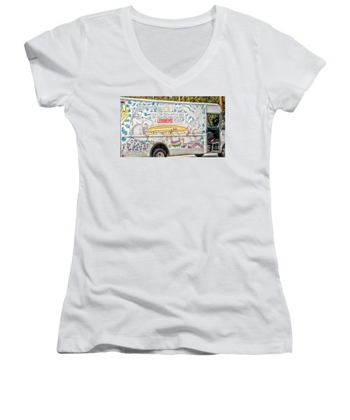 Vic And Nat'ly And The Leidenheimer Po-boy Truck - New Orleans Women's V-Neck T-Shirt (Junior Cut) by Kathleen K Parker