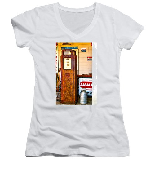 Women's V-Neck T-Shirt (Junior Cut) featuring the photograph Vintage Bassett Gas Pump   by Lesa Fine