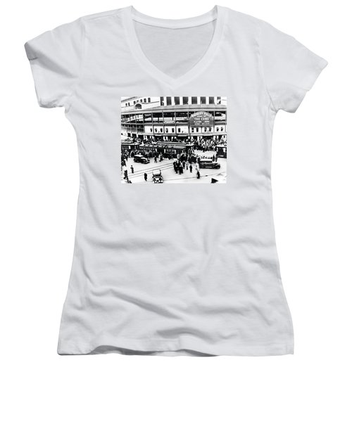 Vintage Wrigley Field Women's V-Neck T-Shirt (Junior Cut) by Bill Cannon